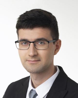 Dr. Péter Korózs